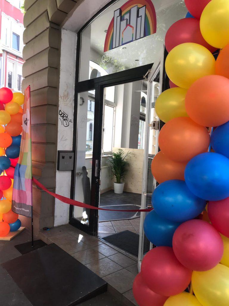 Eröffnungsfeier des Queeres Jugendzentrum